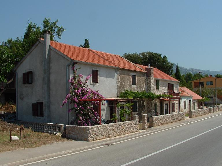 house velebit kroatien