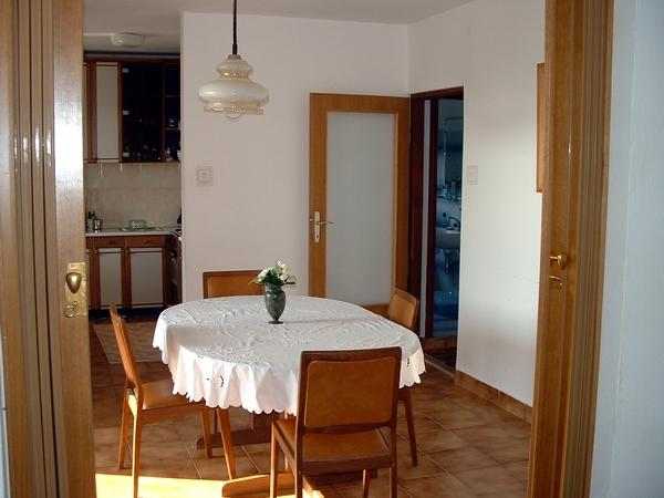 ferienwohnungen isa kroatien ferienwohnungen kozino. Black Bedroom Furniture Sets. Home Design Ideas