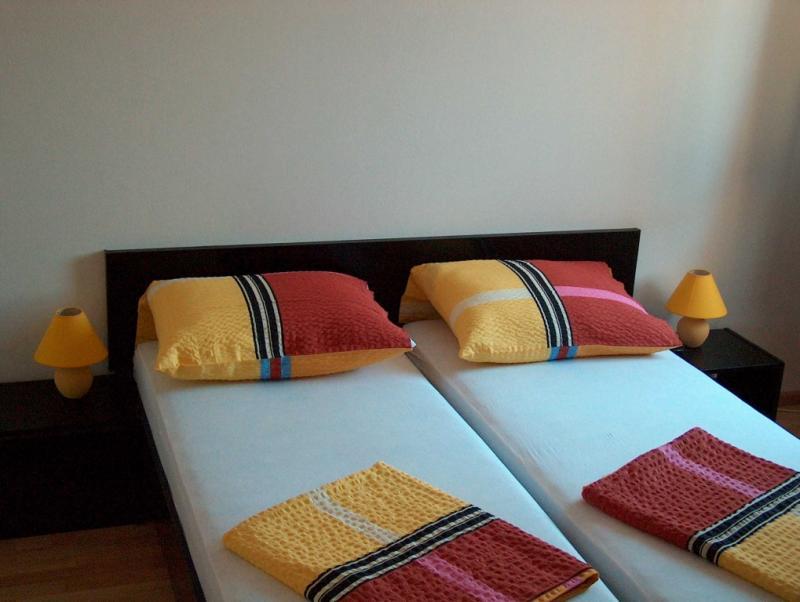 villa panorama kroatien ferienh user bol insel brac. Black Bedroom Furniture Sets. Home Design Ideas